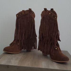 Naughty Monkey Fringe boots NWOB 10
